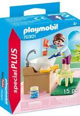 Playmobil Fille avec évier 70301